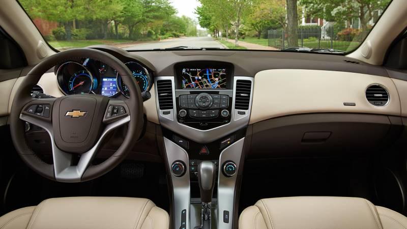 Dash Cover - Chevrolet Cruze Limited 2016 * No Storage Box ...