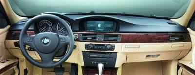 Dash version with center display for Navigation option