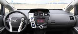 Prius V dashboard