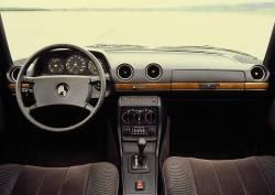 Mercedes  W123 dashboard
