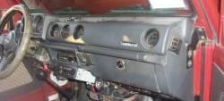 1986 Suzuki Samurai dashboard Round Vents version