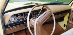 Dodge 1972 Pickup dashboard