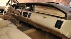 Oldsmobile Custom Cruiser Wagon dashboard
